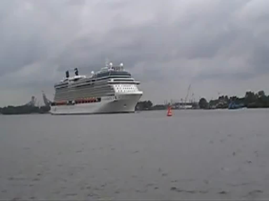 Cruise Ship CELEBRITY SILHOUETTE inbound A Coruña [4K]
